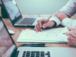 Perbedaan Sales ( Penjualan) dan Marketing (Pemasaran) yang Perlu Anda Ketahui